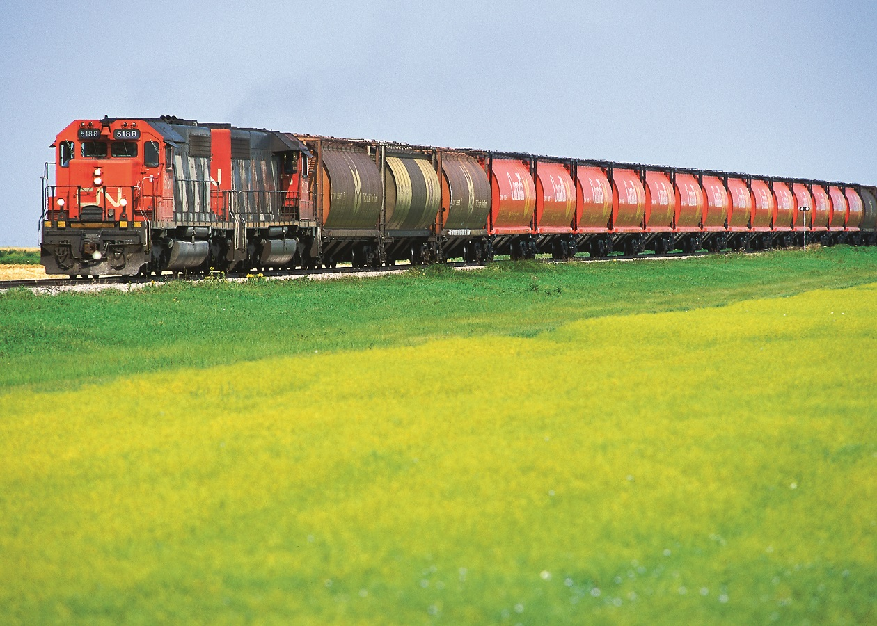 Railways ready to move grain but challenges loom in Vancouver