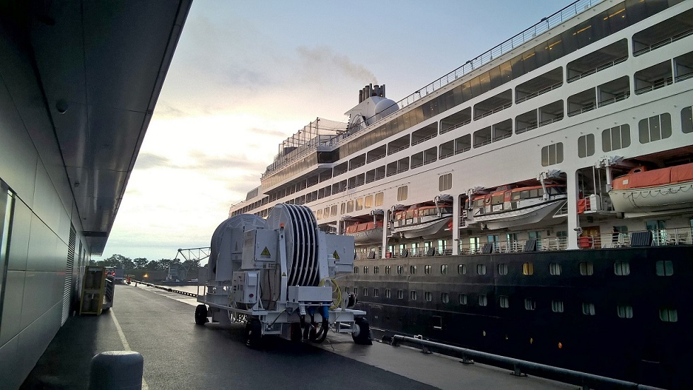 Implementation of shore power for cruise ships, wintering vessels reduces greenhouse gas emissions