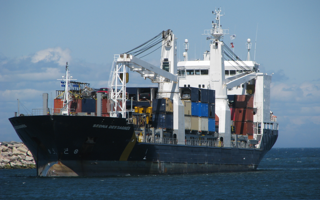 New container ship service sets sail between  Hamilton and Montreal
